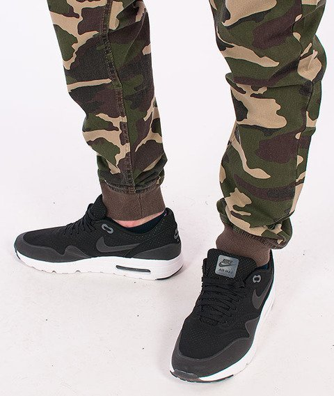 Mass-Classics Sneakers Fit Camo
