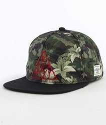 Cayler & Sons-Briangle Cap Snapback Camo Flowers/Black/Red
