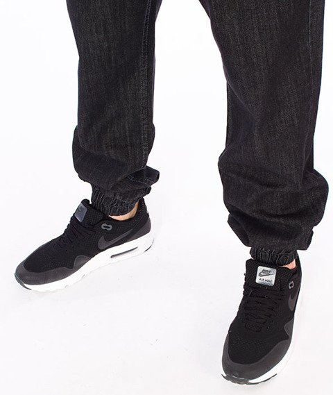 Mass-Signature Denim Sneakers Fit Jogger Czarne