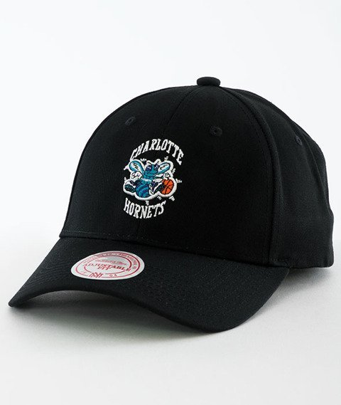 Mitchell & Ness-Charlotte Hornets Team Logo Low Pro INTL154