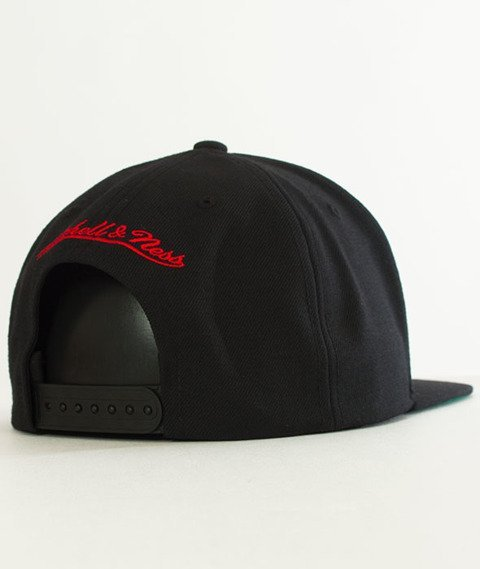 Mitchell & Ness-Chicago Bulls Solid Team Snapback NZ979