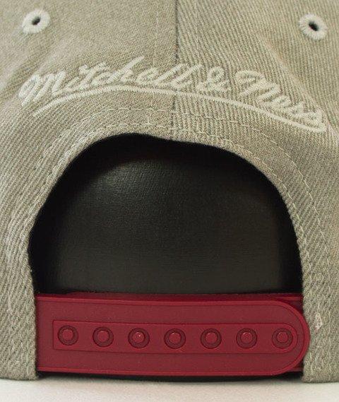 Mitchell & Ness-Cleveland Cavaliers Snapback Czapka Szara