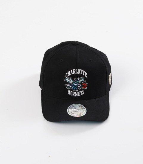 Mitchell & Ness- Wool Solid Snapback - NBA - Charlotte Hornets
