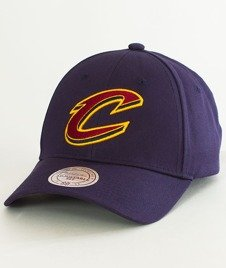 Mitchell & Ness-Cleveland Cavaliers Team Logo Low Pro INTL154